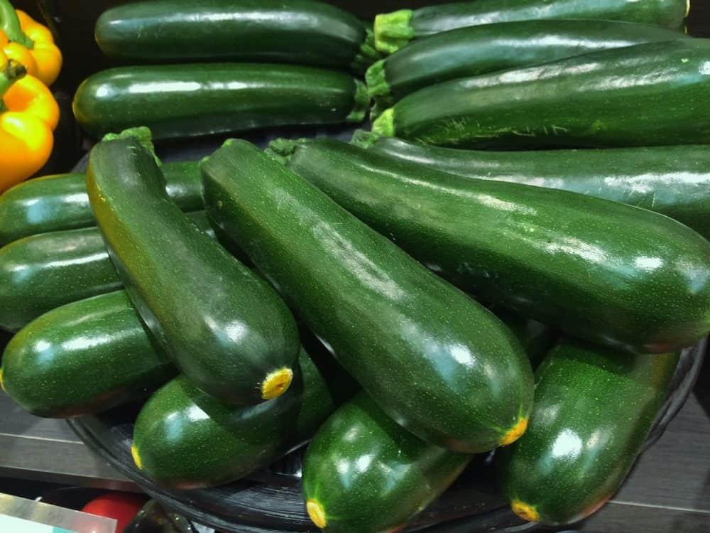 zucchini-1630518_1280